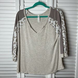 Size Small Cheetah Print Oversized Boutique Top